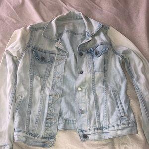 Lightwash Gap Jean jacket